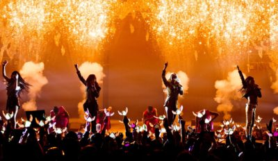2ne1 crush aon tour
